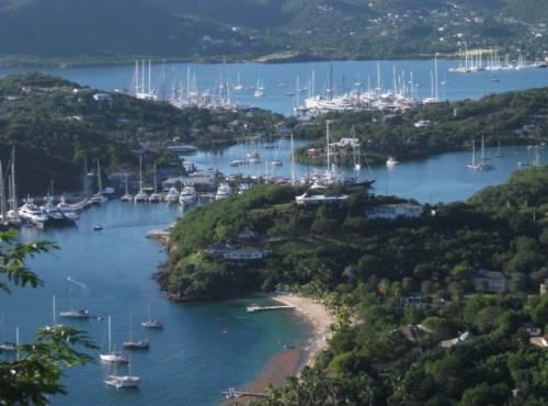 Antigua-yacht-charters