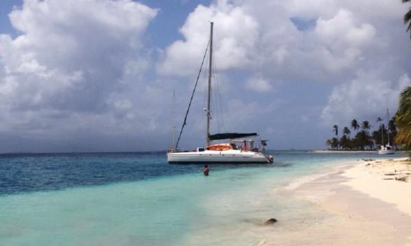 Yacht charters San Blas El Porvenir