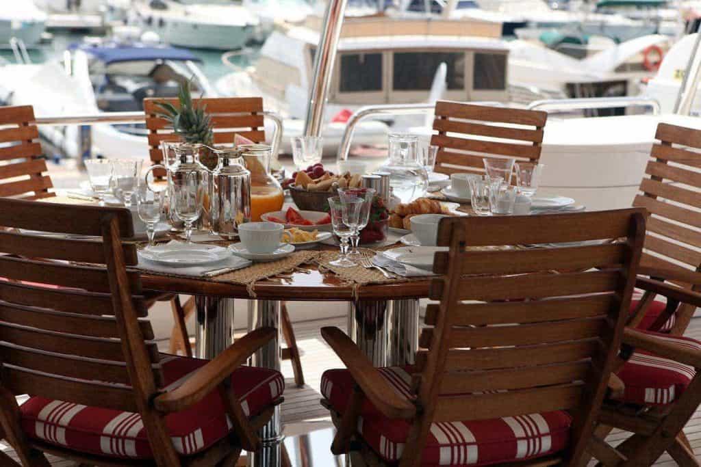 05-ANYPA-Alfresco-dining-1