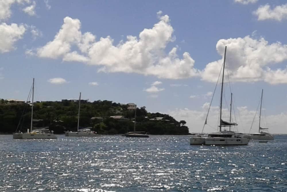 Sonne im Winter – Segeln in der Karibik