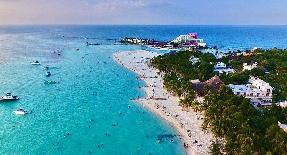 Mexico Charter Isla Mujeres