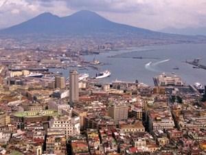 Yachtcharter Neapel