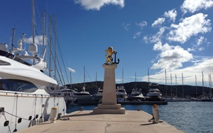 Alquiler-barcos-Croacia-Rogoznica-Marina-Frapa.JPG