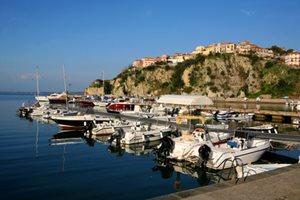 Yachtcharter Agropoli-Cilento-Küste-Italien.jpg