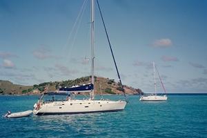 islas_caraibes_bahia_veleros