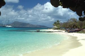 Navegar_Caribe_Grenadinas_playa